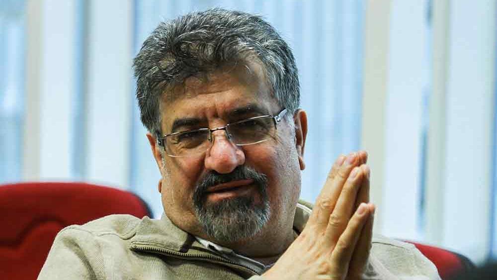 دکتر ناصر هادیان: برای «گفتگو» با آمریکا اعلام آمادگی کنیم