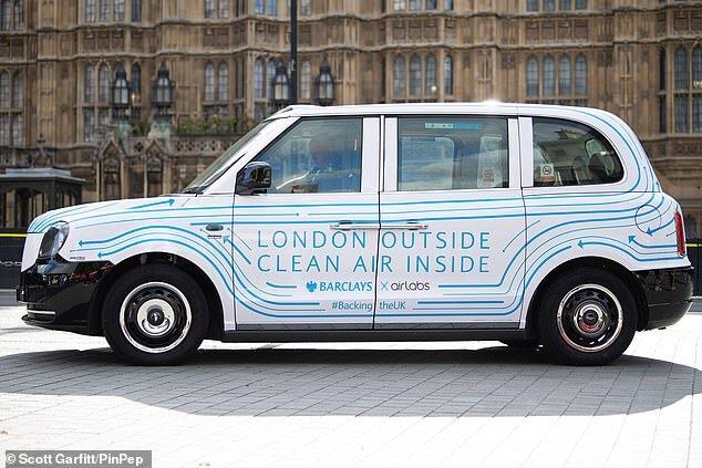 (تصاویر) تاکسیهایی که هوای شهر را آلوده نمیکنند