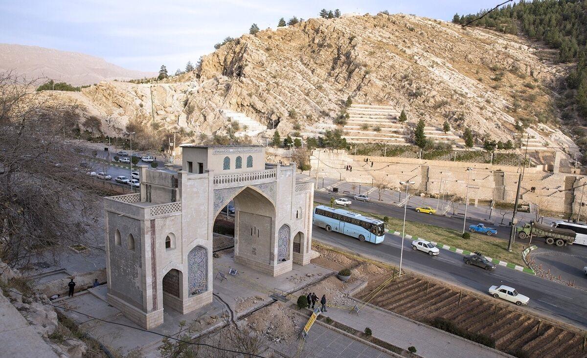 مسیرهای منتهی به دروازه قرآن شیراز بسته میشود