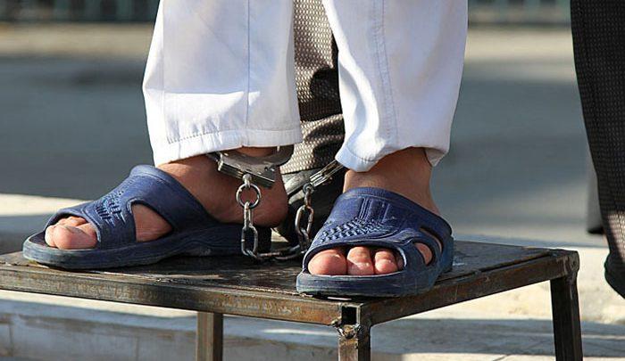 زنا؛ از مجازات شلاق تا سنگسار و راههای اثبات زنا