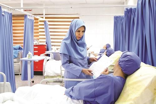 در بیمارستانهای کاملا زنانه چه میگذرد؟