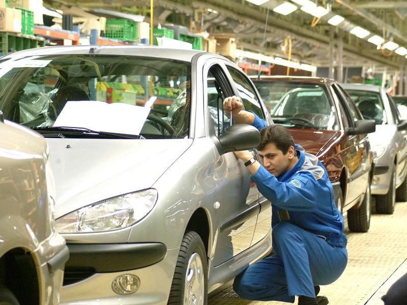 قیمت روز خودرو پنجشنبه ۲۰ تیر؛ قیمت محصولات ایران خودرو تا دو میلیون پایین آمد