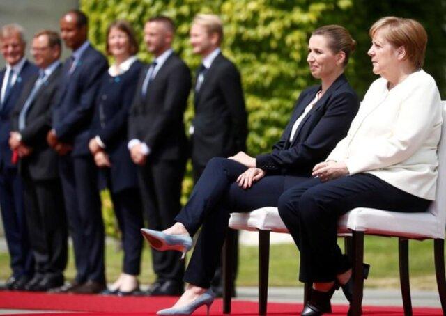 (عکس) مرکل نشسته از نخستوزیر دانمارک استقبال کرد