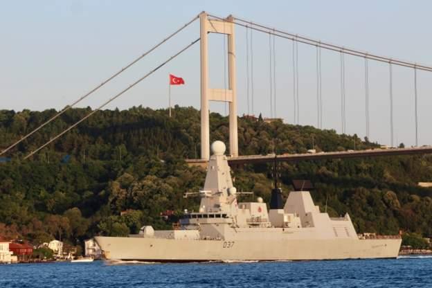 بریتانیا ناوشکن دانکن را به خلیج فارس میفرستد