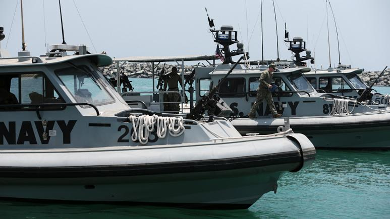 بازداشت 2 افسر دیگر نفتکش ایرانی توسط پلیس جبل الطارق