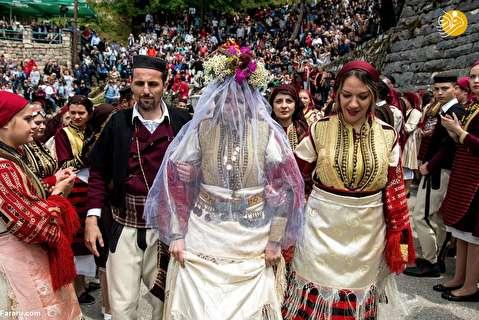 (تصاویر) قدیمیترین فستیوال سنتی ازدواج اروپا