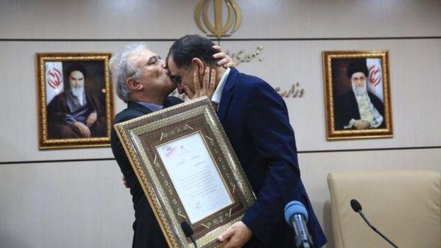 فساد بزرگ در وزارت بهداشت/ جزییات و ابعاد افشاگری نمکی