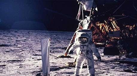 ۱۰ نکته از نخستین فرود بشر بر ماه که شاید ندانید