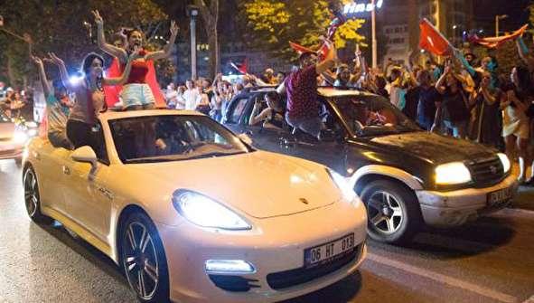 (تصاویر) جشن پیروزی اکرم امام اوغلو در استانبول