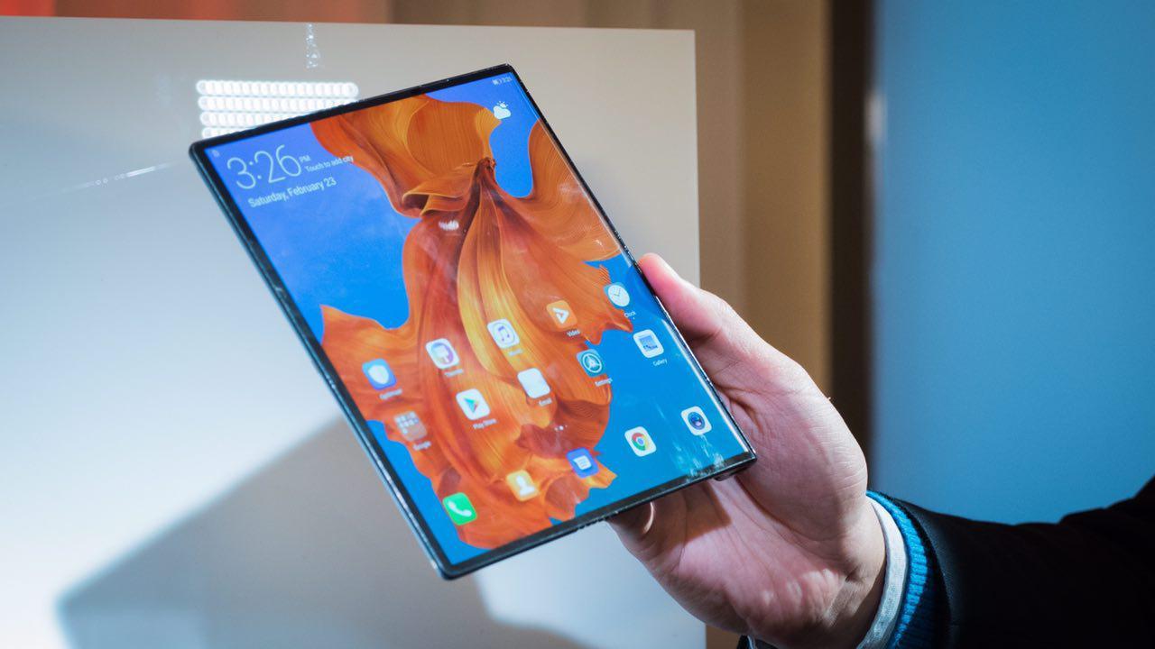 هواوی میت ایکس (Huawei Mate X) زمانی برای انعطافپذیری گوشیهای هوشمند