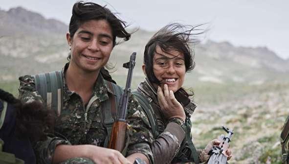 تصاویری متفاوت از مبارزان کُرد در جنگ با داعش