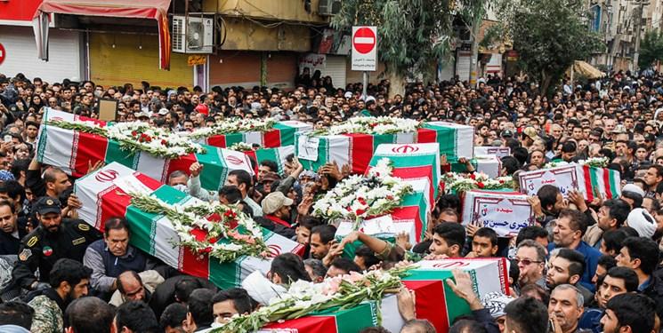 مراسم تشییع پیکر ۱۵۰ شهید دفاع مقدس برگزار شد