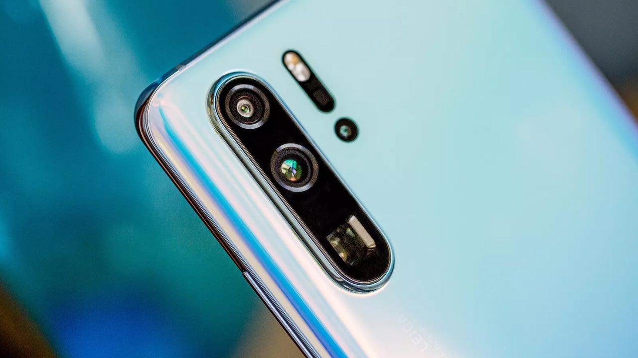 Huawei P30 pro  رتبه اول کیفیت عکس موبایل