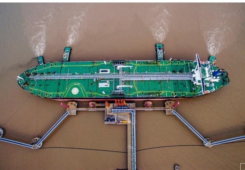 کاهش صادرات نفت ایران به 386 هزار بشکه در روز