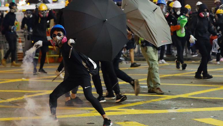 هنگ کنگ فلج شد