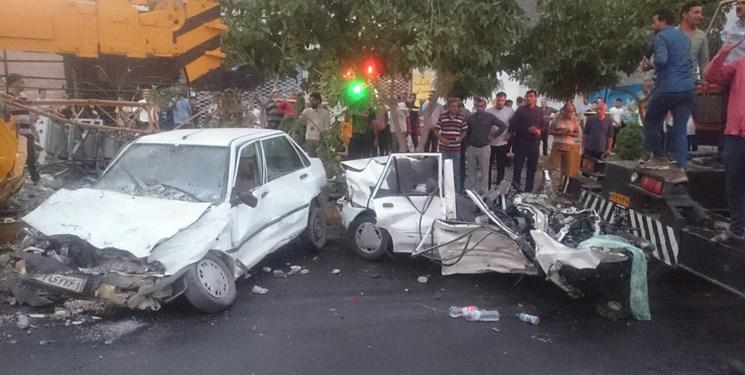 انحراف یک دستگاه جرثقیل در مشهد 9 کشته و مجروح برجا گذاشت