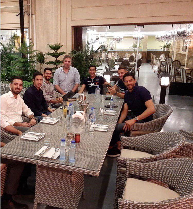 (عکس) حضور استقلالیها در رستوران خسرو حیدری