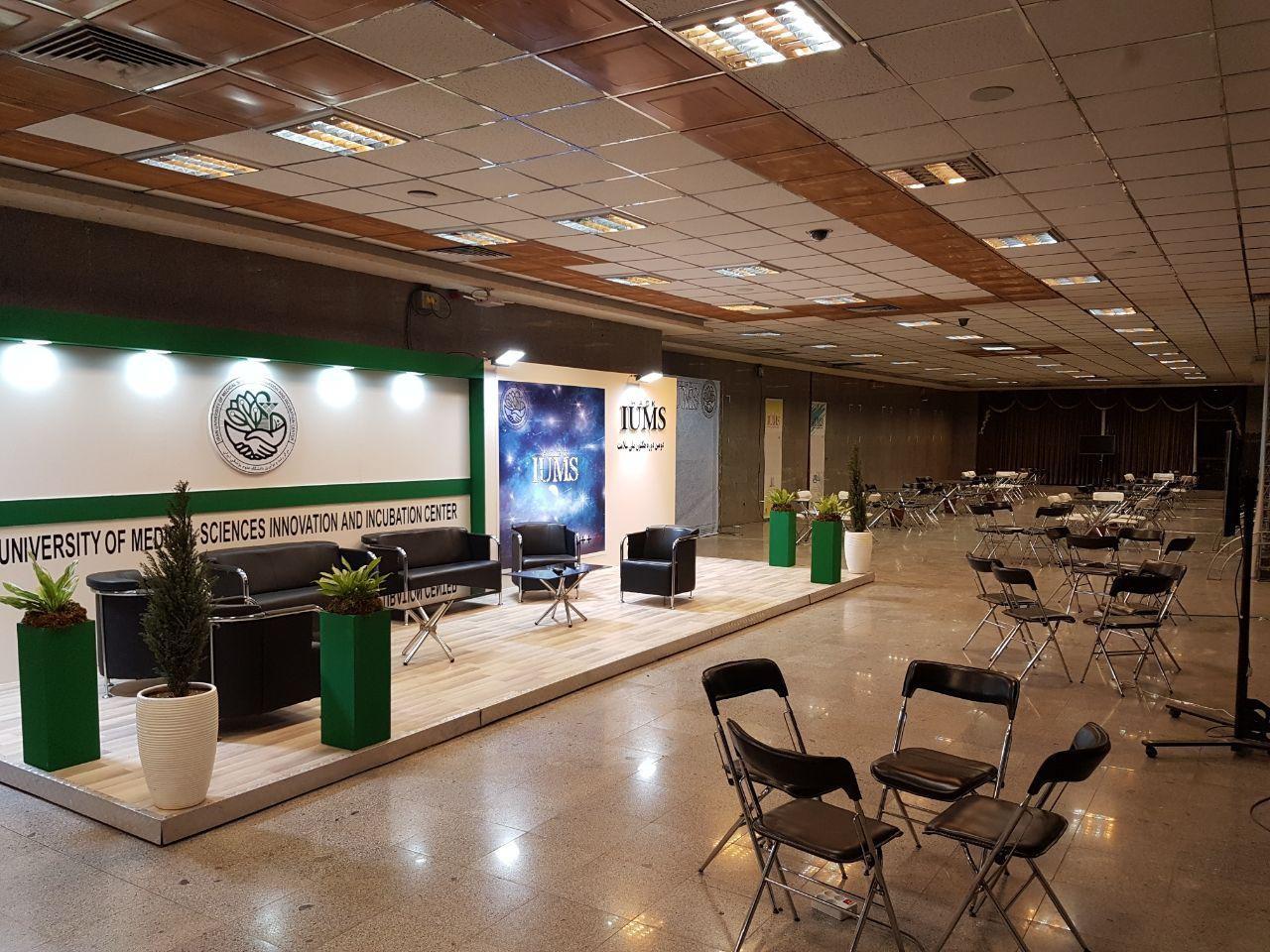 اجاره تجهیزات نمایشگاهی و طراحی مدرن غرفه سازی برای معرفی کسب و کار