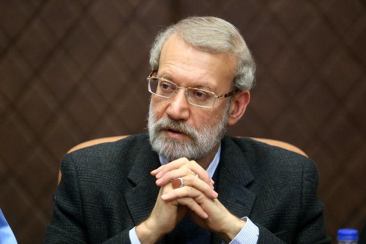 دعوت از علی لاریجانی برای پیوستن به شورای وحدت/ ادغام جمنا در شاجا/ پایداریها وصله ناجور وحدت اصولگرایان هستند