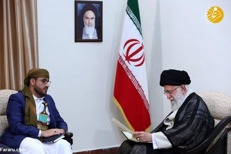 (تصاویر) مردی که با خنجر به دیدار رهبر انقلاب رفت، کیست؟