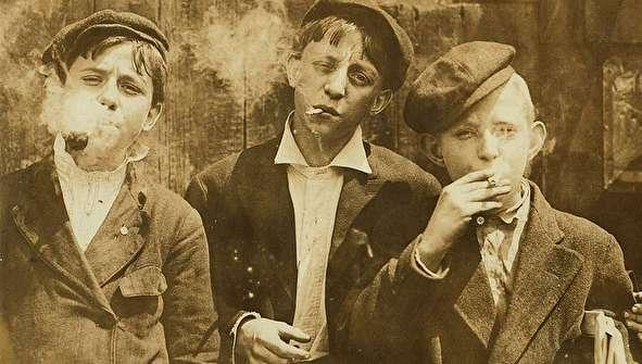 (تصاویر) کودکان کار سیگاری ۱۱۰ سال پیش در آمریکا