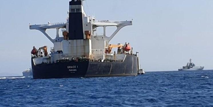 ظریف: توقیف نفتکش گریس، ۱۰۰ درصد غیرقانونی بود