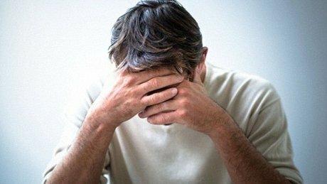 زنها زودتر افسرده میشوند یا مردان؟
