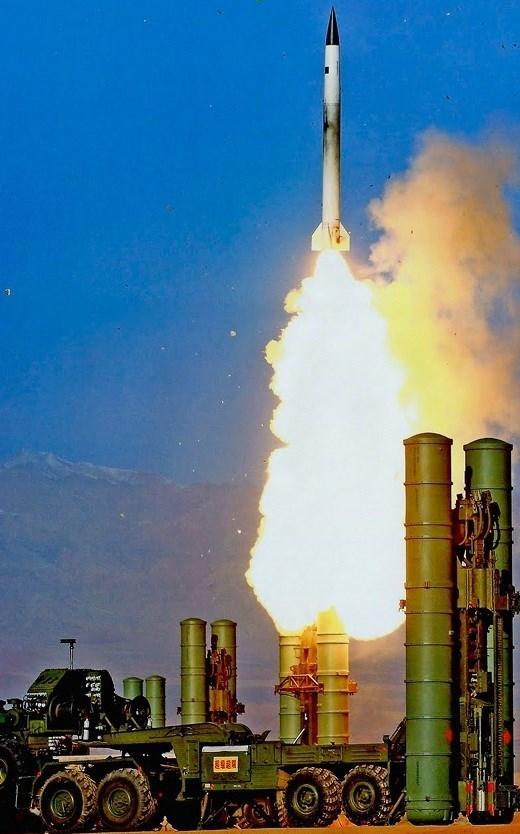 رونمایی از باور ۳۷۳؛ پیچیدهترین پروژه دفاعی تاریخ ایران