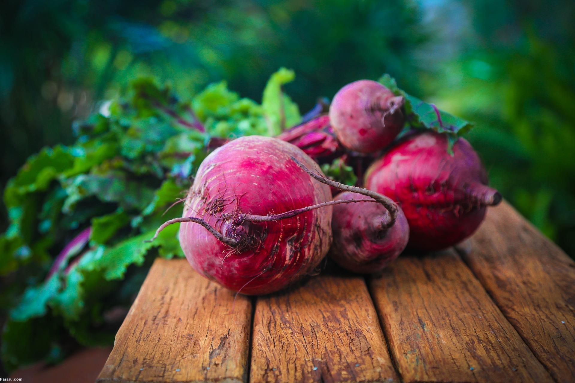۱۱ غذای فوقالعاده برای افراد دوران میانسالی