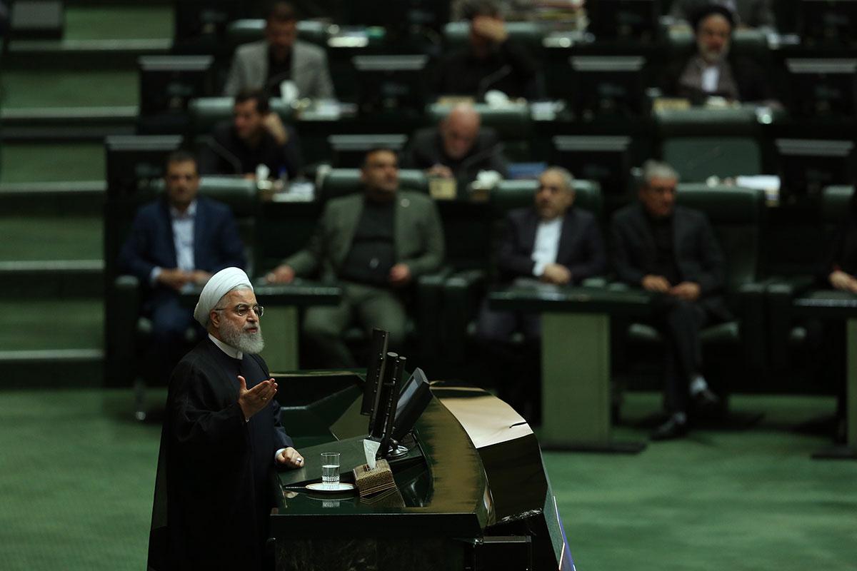 روحانی: هیچ تصمیمی برای مذاکره با آمریکا نداشتهایم/ چرا برخی حنجره خود را به برنامه دشمن عاریه میدهند؟