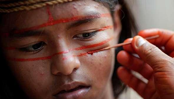 (تصاویر) بومیان آمازون آماده جنگ با دشمنان