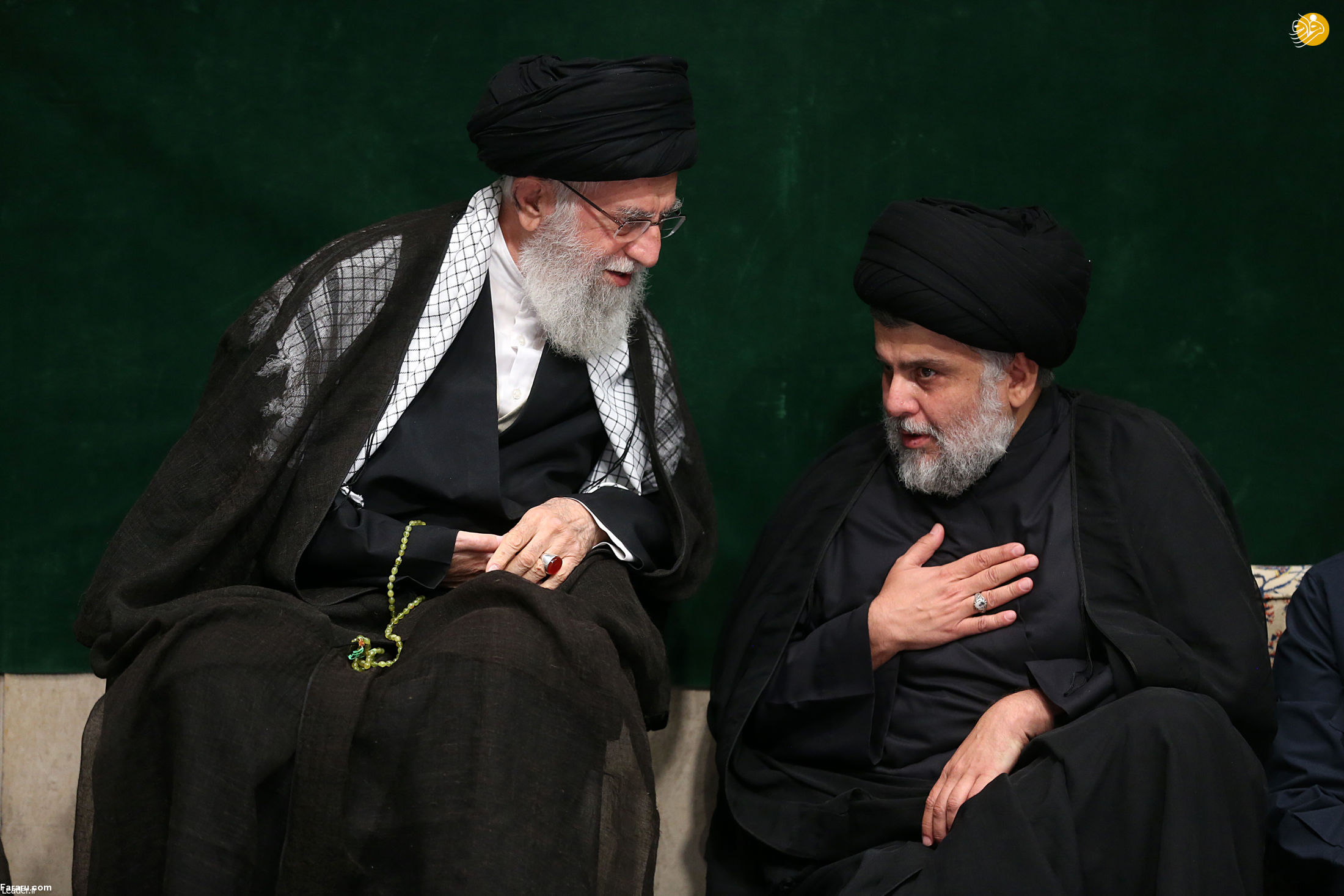 (تصاویر) مقتدی صدر و سردار سلیمانی در عزاداری بیت رهبری
