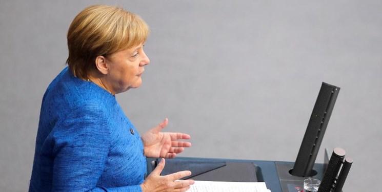 مرکل: اروپا تصمیم دارد برجام را حفظ کند