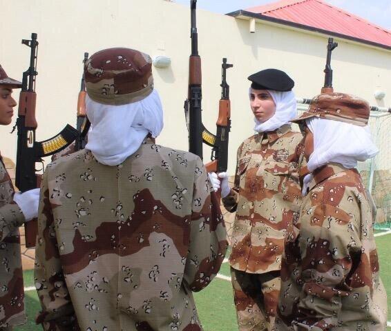 (تصاویر) رژه نظامی زنان در عربستان برای اولین بار