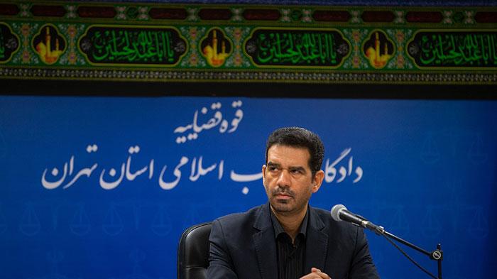 جنجال پوشش شبنم نعمتزاده در دادگاه