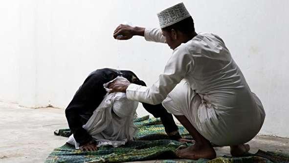 (تصاویر) افرادی که شفا میدهند؛ از افسردگی تا فتق و نازایی!