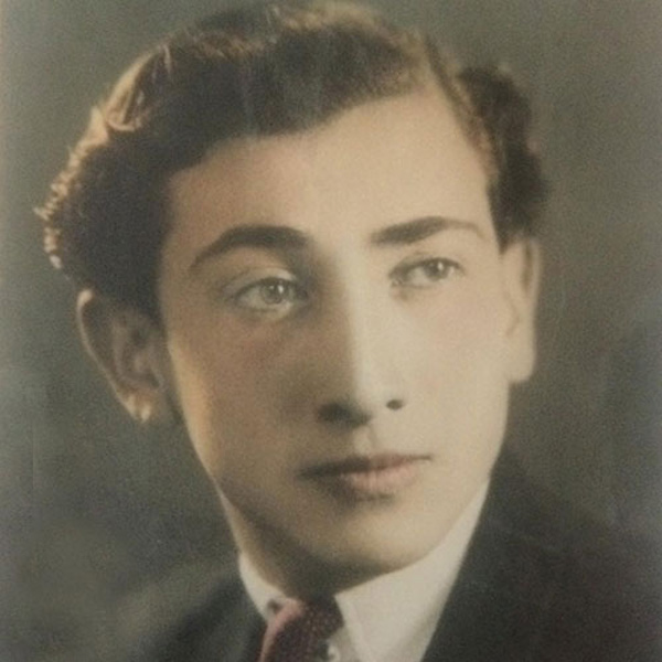 داریوش اسد زاده در سن ۹۶ سالگی درگذشت +جزئیات