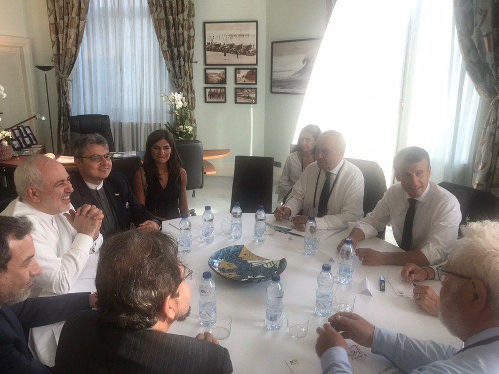 (عکس) ظریف، عراقچی و بهرام قاسمی در بیاریتز فرانسه