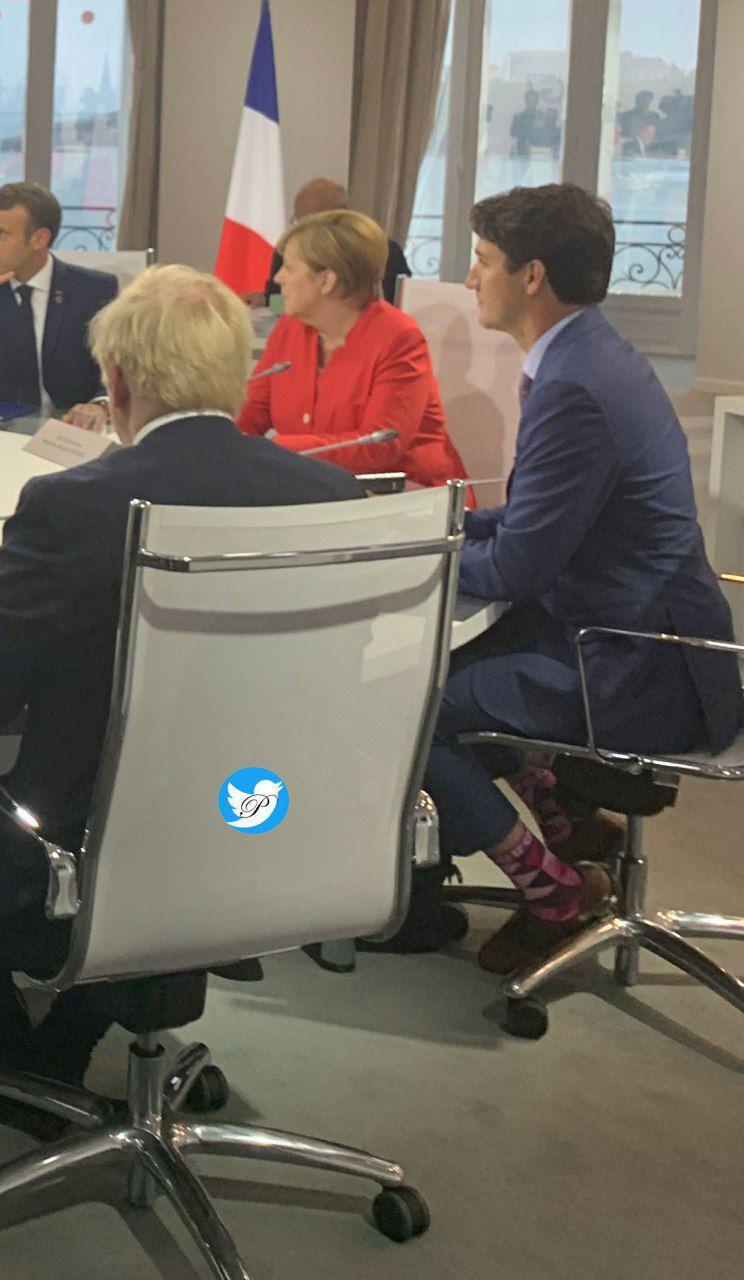 (عکس) جوراب صورتی نخست وزیر کانادا در جلسه جی۷