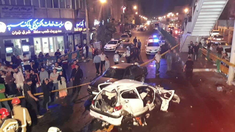 (تصاویر) تصادف مرگبار پژو ۲۰۶ با پرشیا و ۴۰۵ در خیابان رسالت