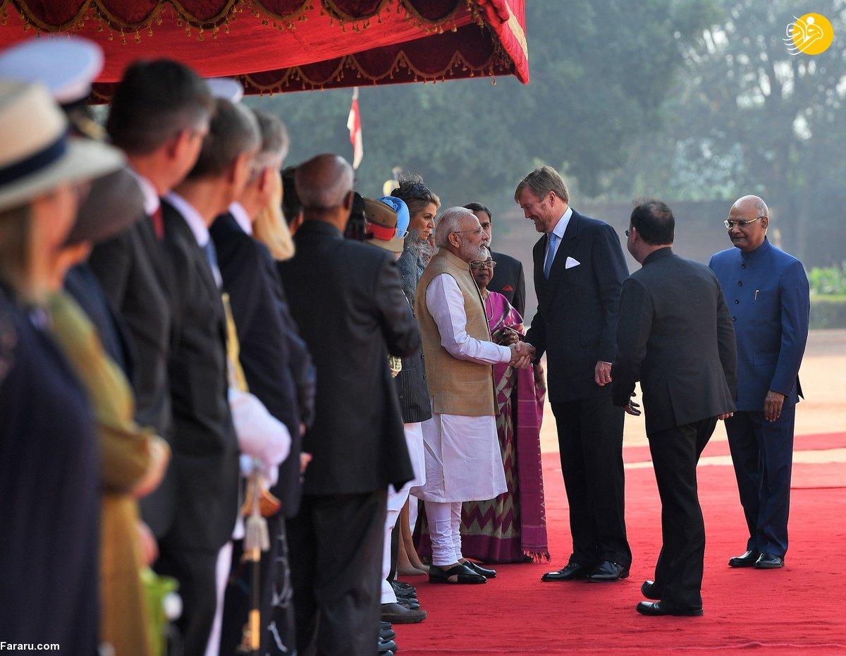 (تصاویر) استقبال هند از پادشاه و ملکه هلند با زنان رقاصه