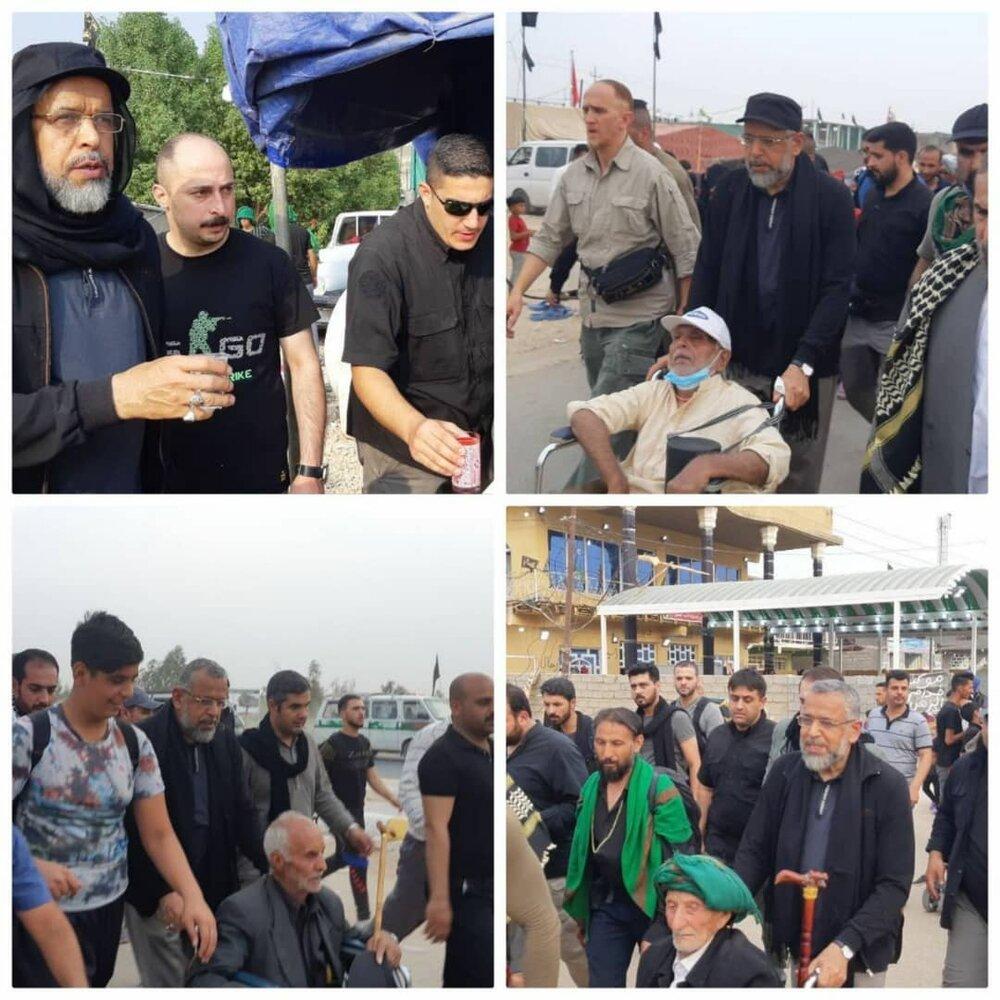 (عکس) وزیر اطلاعات در حال خدمت به زائران اربعین