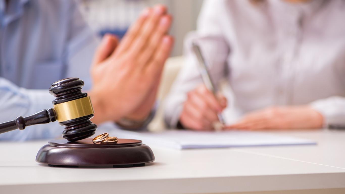طلاق به دلیل نداشتن رابطه زناشویی یا رابطه جنسی نا متعارف/تکمیل