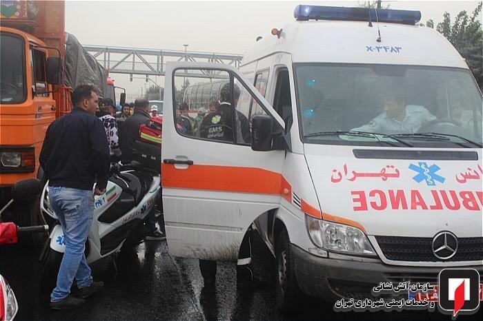 (تصاویر) باران پاییزی تهران حادثه آفرید
