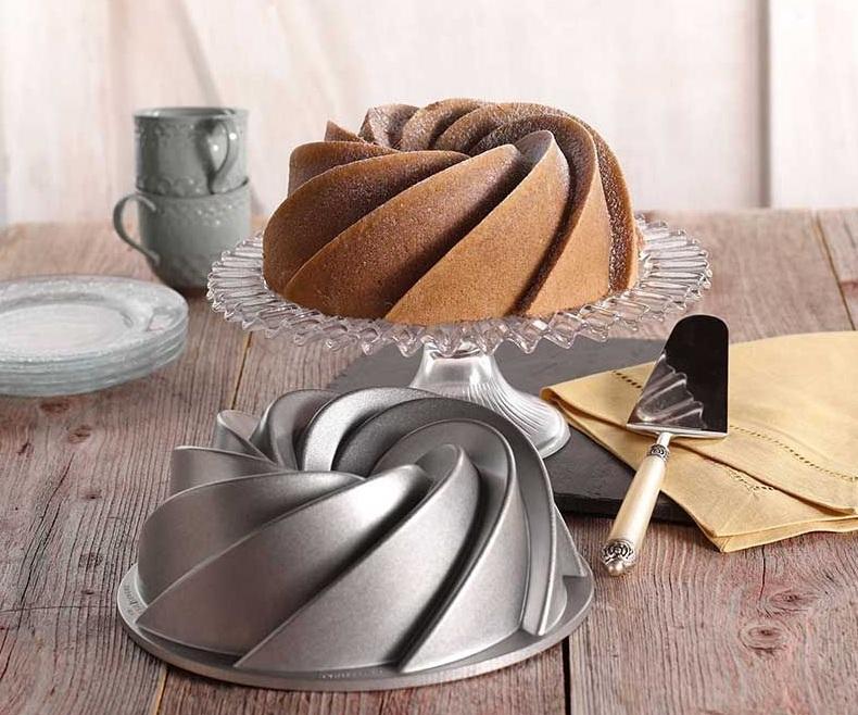 طرز تهیه کیک وانیلی خانگی؛ ساده و حوشمزه