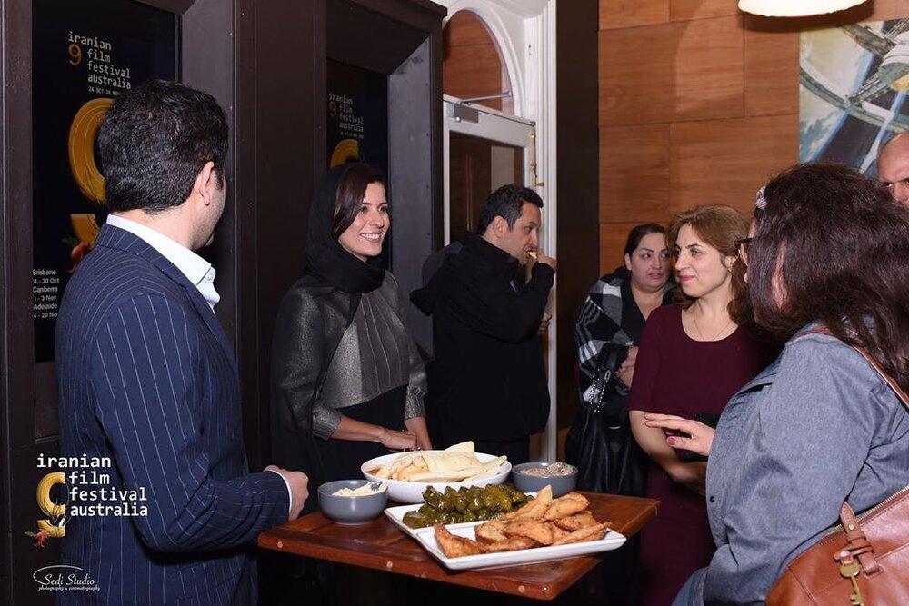 (تصویر) سارا بهرامی در مهمانی شام در استرالیا