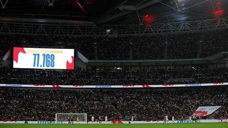رکورد تماشاگر در فوتبال زنان انگلیس شکسته شد