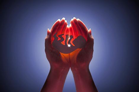 آیا جنین هم از اموال متوفی ارث میبرد؟