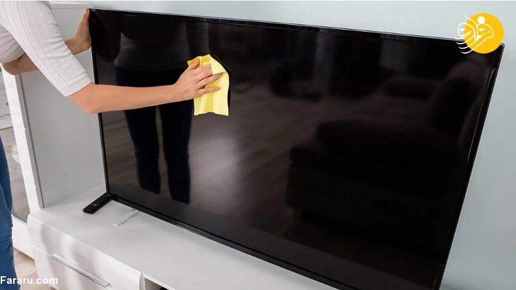 تمیز کردن صفحه نمایش تلویزیون
