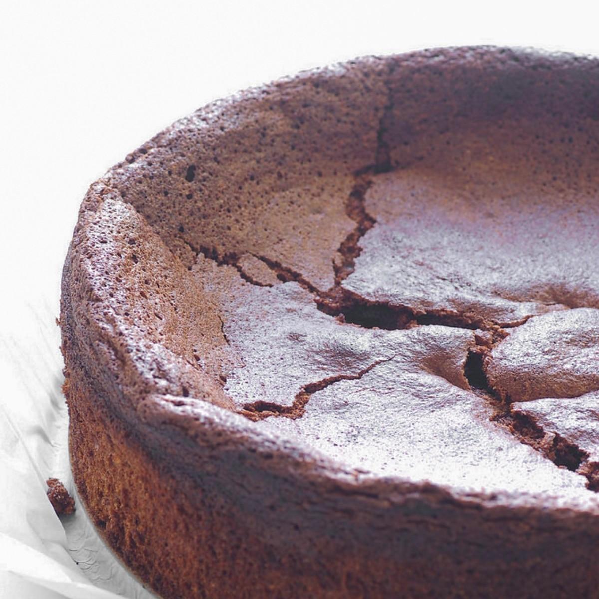 طرز تهیه کیک خرمالو